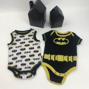 Two Batman one piece size Newborn